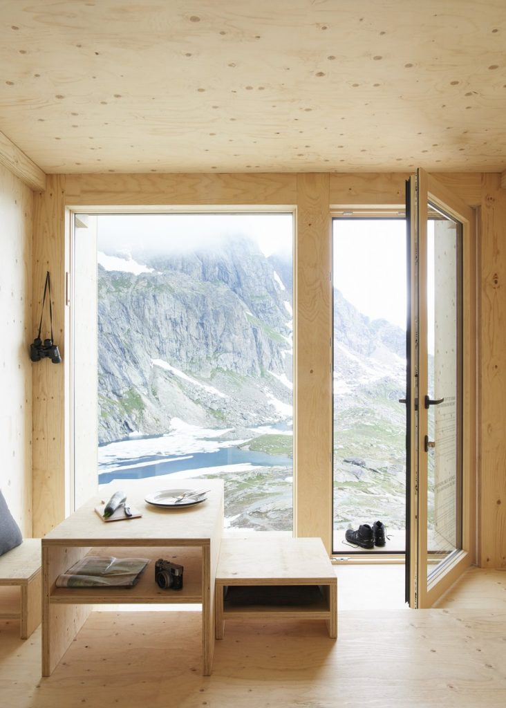 Tiny House in the Swiss Alps